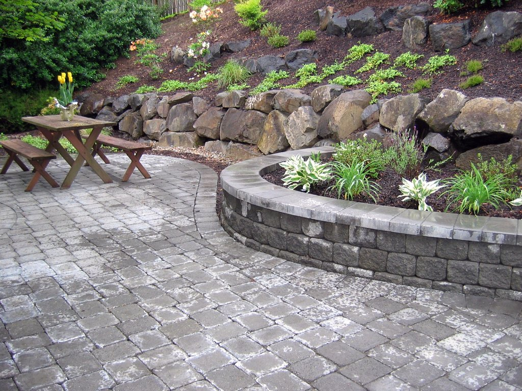 Cobblestone-Patio.jpg