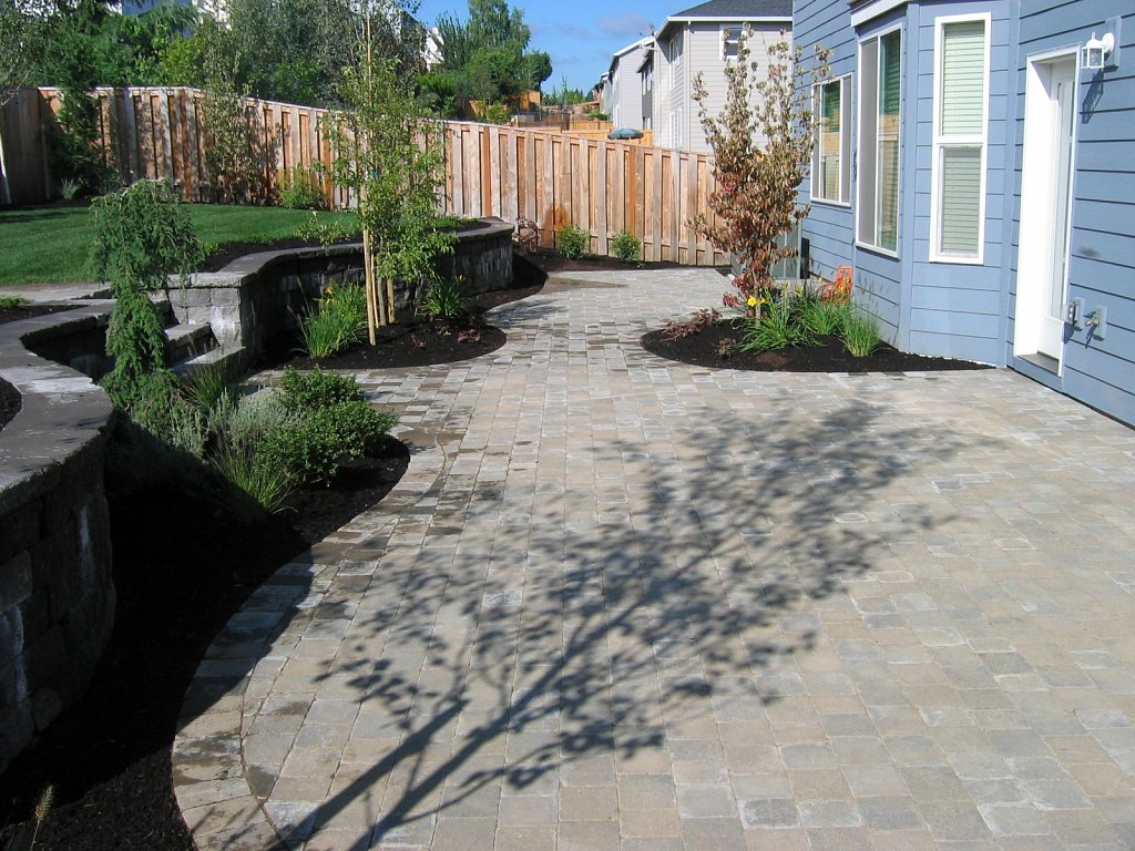 Paleo-Summit-Paver-Patio.jpg